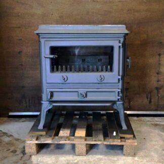 Laxevaags Beaulieu Speksteen van gietijzer Tweedehands met hoge poten en rechte deur